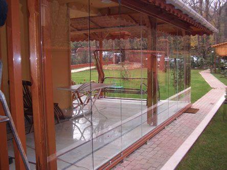 Bks vitrin sistemi ile mekanlarınız da yeni bir dekorasyon elde edebilirsiniz. Daha fazlası için sitemizi ziyaret edebilirsiniz.