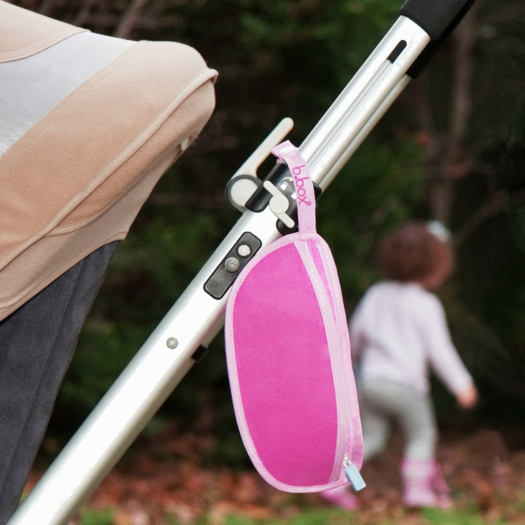 great convenient clip for hanging on the back of strollers or in your diaper/nappy bag