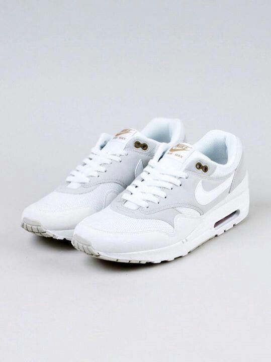 best deals on 8120e 16482 Nike Airmax white