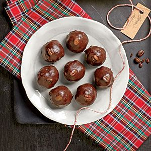 Whip together these bite-sized treats as a sweet gift or a simple dessert. The best part? No baking required!Get the Recipe: Mocha BallsSee More: Wickedly Delicious Chocolate Desserts