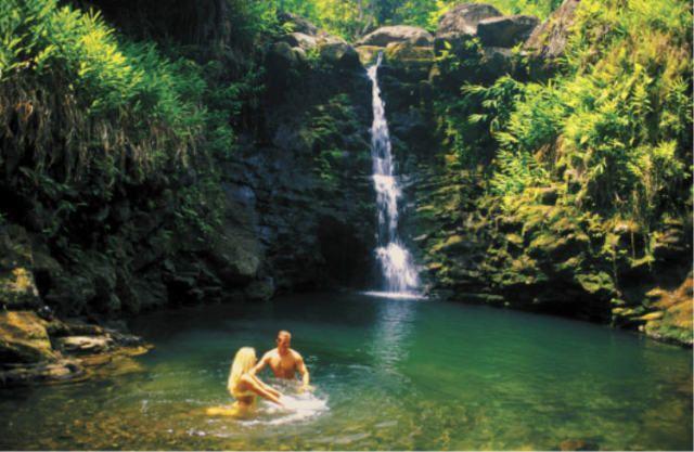 Best Hawaii Hiking Island