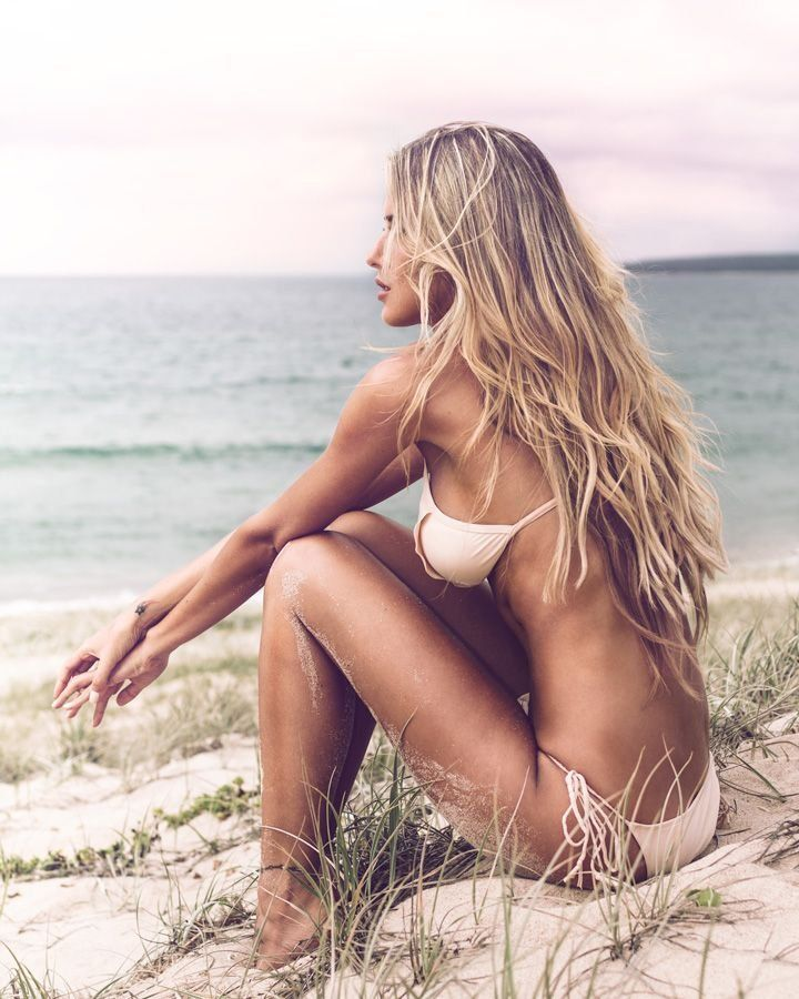 91 Best At The Beach Images On Pinterest: Wanderlust: 21 Wildly Beautiful Women In Nature (#6… That