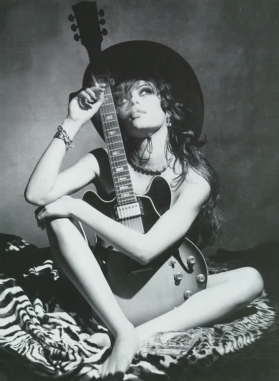 naked chicks with guitar