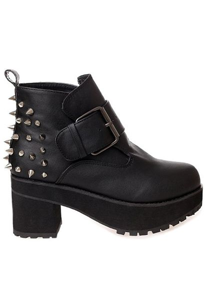 Riveted Chunky Black Ankle Boots - botki z ćwiekami i klamrą