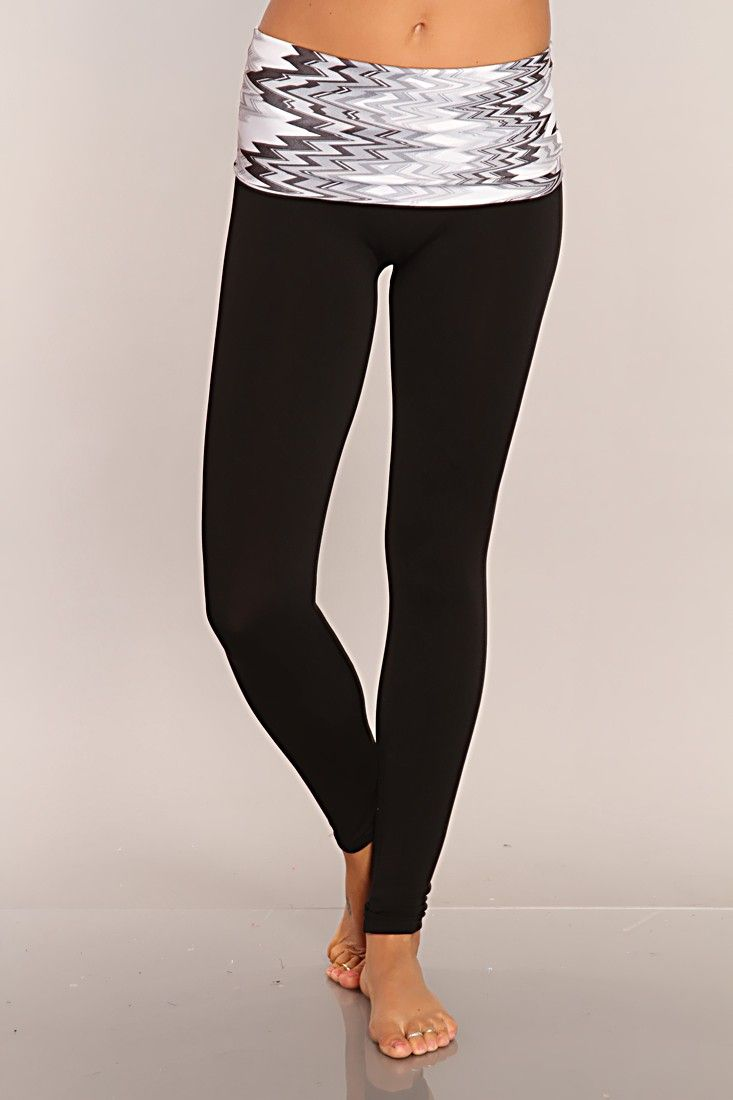 Grey Black Printed Active Wear Leggings for the gym