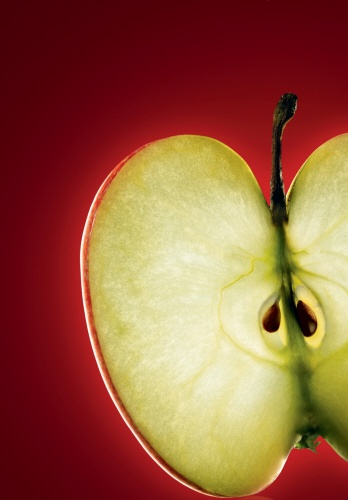 Yves Rocher uses the properties of apples in its Sérum Végétal 3 line. #apples #skincare #yvesrocher