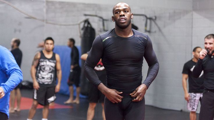 Jones, on Wednesday, came out of his underground shell when he was seen in his fellow teammate, UFC Lightweight No. 1 contender, Donal Cerrone's training video. In the video, the 28-year-old pound for pound great was seen polishing his grappling skills with UFC fighter Kyle Noke after 10 mins into the video. Jones seems on his way back to reclaim his title after months of soul-searching.