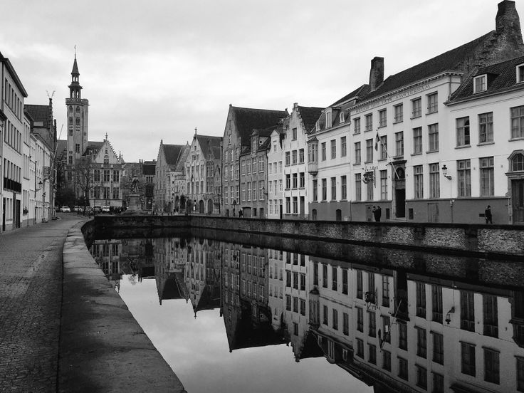 Bruges reflection.