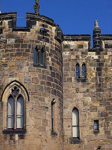 Inside Alnwick Castle (Dentro del Castillo de Alnwick) - Diego P. Canossa
