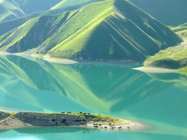 kezenoyam-lake-chechnya-north-caucasus-mountains-deepest-lake-chechnya landscape caucasus mountains beautiful scenery