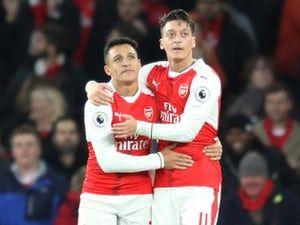 Arsenal players 'unhappy with Mesut Ozil, Alexis Sanchez'