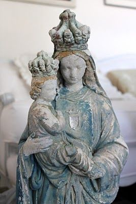 Beautiful old statue of Mary & Jesus