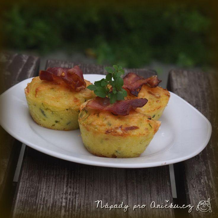 Slané cuketové muffiny se sýrem - Zucchini muffins with cheese