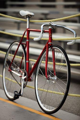 Classic red track. Nagasawa