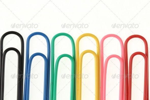 Paper clips rainbow