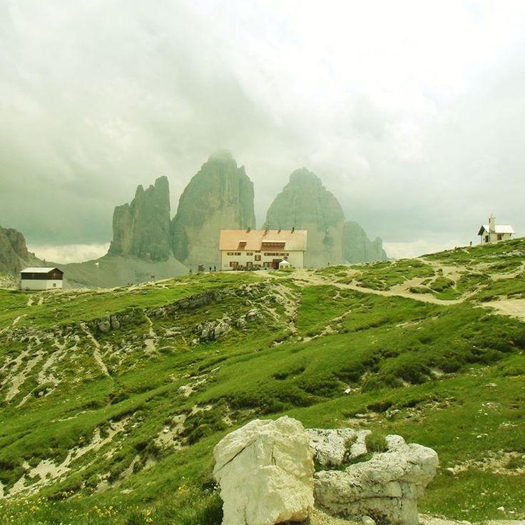 Dreizinnenhütte with chapel, hut, Italian flag, and the Dreizinnen in the background. #Dolomiti #Dolomites #Tirol #Italy #Fujifilm