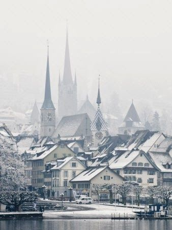 PLACES THAT INSPIRE US www.charmingladiesclub.com #Switzerland i wish winter in my city could be these gracefull