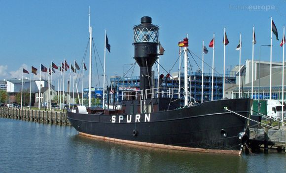 Hull Marina and the Spurn lightship she has no engine
