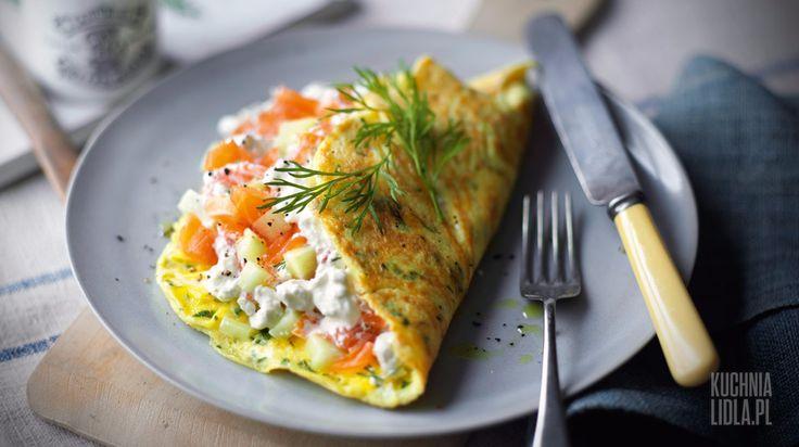 Omlety ziołowe z nadzieniem z serka grani i łososia