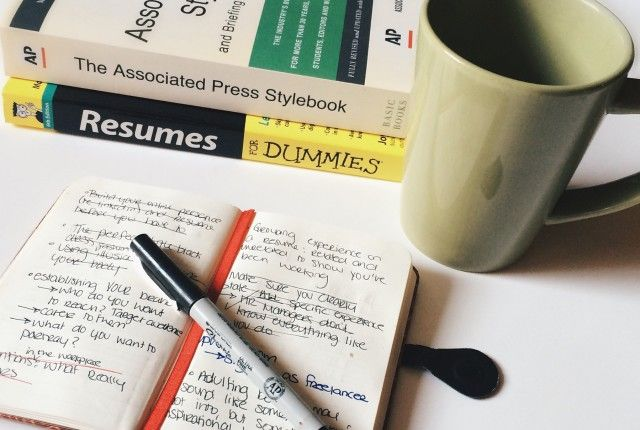 Functional and Chronological Resume Formats: Which one works best for you?