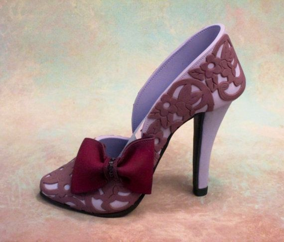 Fondant/gum paste shoe cake topper