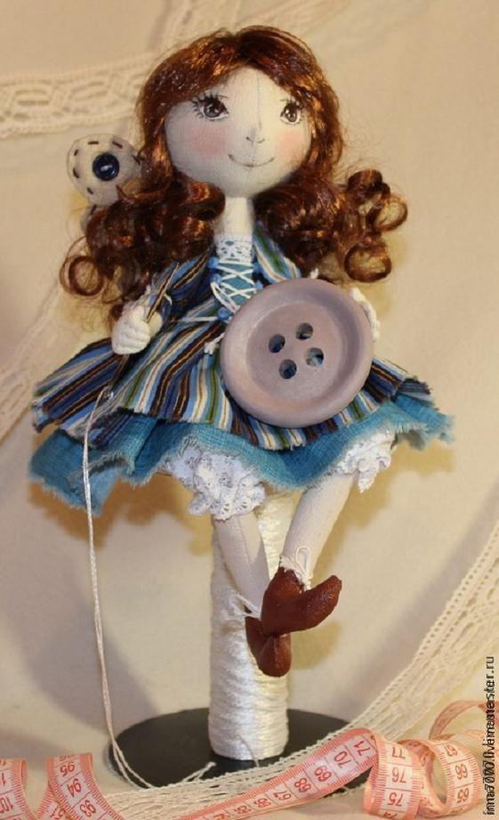 Купить Феечка-рукодельница с пуговицей. - синий, кукла ручной работы, кукла в подарок, кукла интерьерная