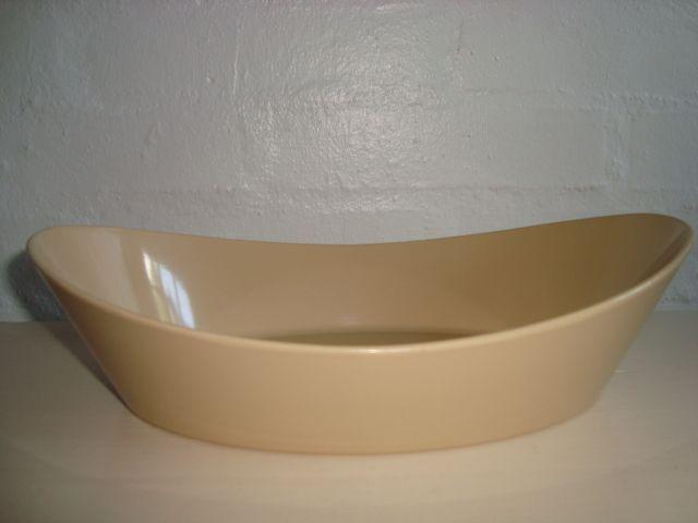 Rosti Danish design retro dish from the 60s designed by Erik Herløw in melaminplastic. #Rosti #Herlow #60s #melamin #kitchenware #Danish #dansk #design. From www.TRENDYenser.com SOLGT/SOLD