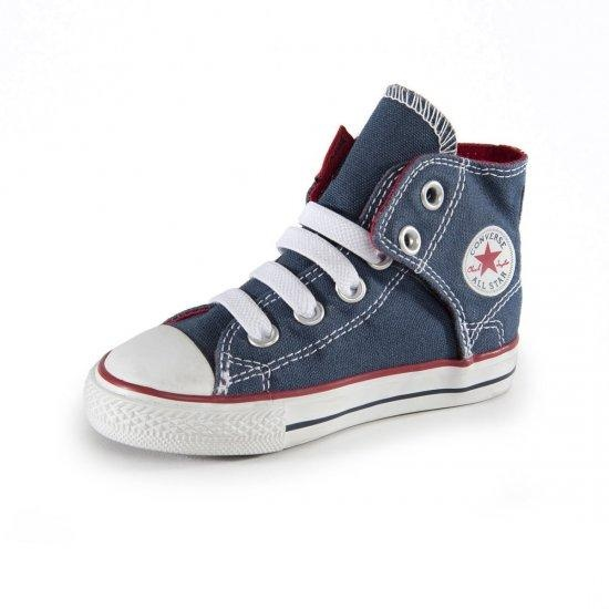 CONVERSE Pantofi sport Chuck Taylor All Star - http://www.outlet-copii.com/outlet-copii/magazine-copii/converse-pantofi-sport-chuck-taylor-all-star/ -