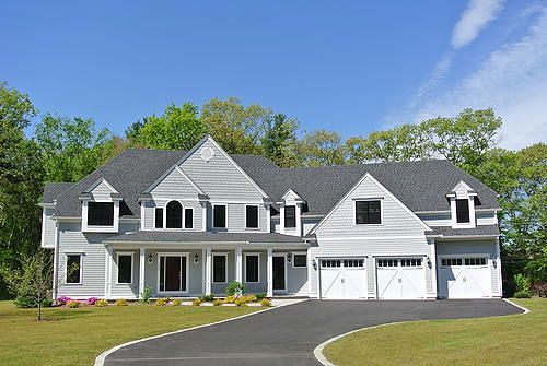 1000 images about exterior paint on pinterest dovers for White house with grey trim