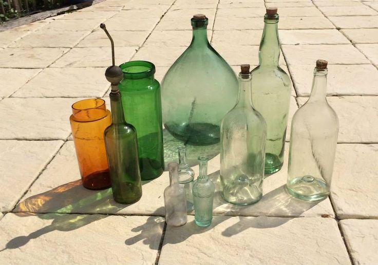 Glas werk uit Frankrijk. Alles is te koop. kijk voor meer informatie op onze facebook site Les brocantes de Souleillou.