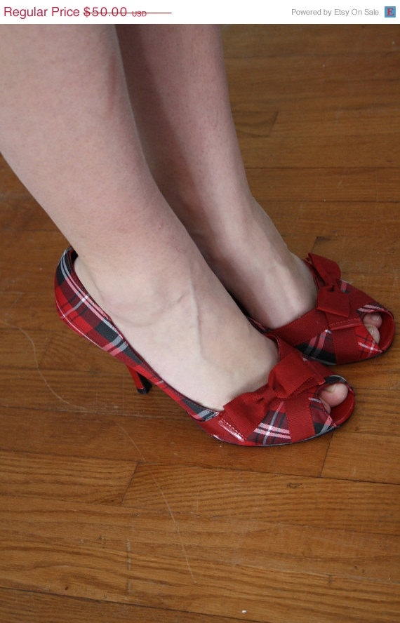 These are so Mary Annie I  just can see her in em...and I have yet to meet her.  Love these.
