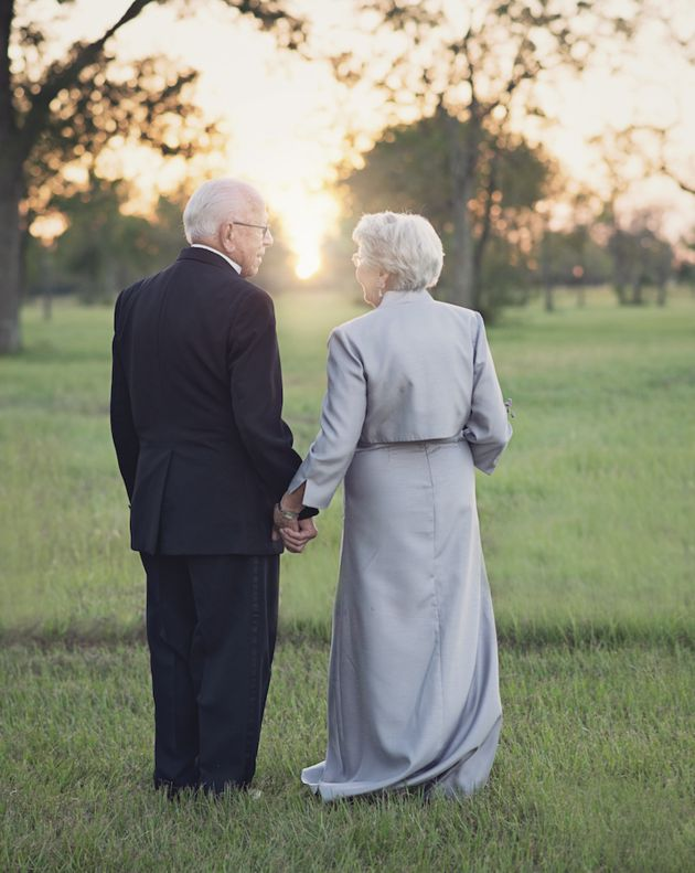MARRIAGE GOALS: High school sweethearts Ferris and Margaret Romaire did not have photos of their wedding back in 1946, so their granddaughter planned a photoshoot with Lara Carter Photography for their 70th wedding anniversary, reenacting the photos they missed out on when they first said, 'I do'. What a sweet way to commemorate 7 DECADES of love! {Facebook and Instagram: The Wedding Scoop}