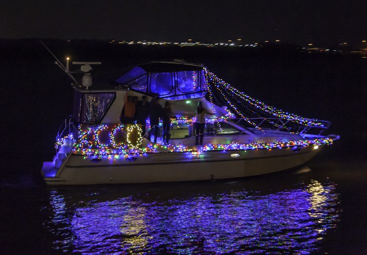 """The Holiday Boat Parade of Lights """"Best in Show"""" went to Firefly for their recreation of the leg lamp from the movie """"A Christmas Story""""! Enjoy these highlights from the parade. #ALXHolidays"""