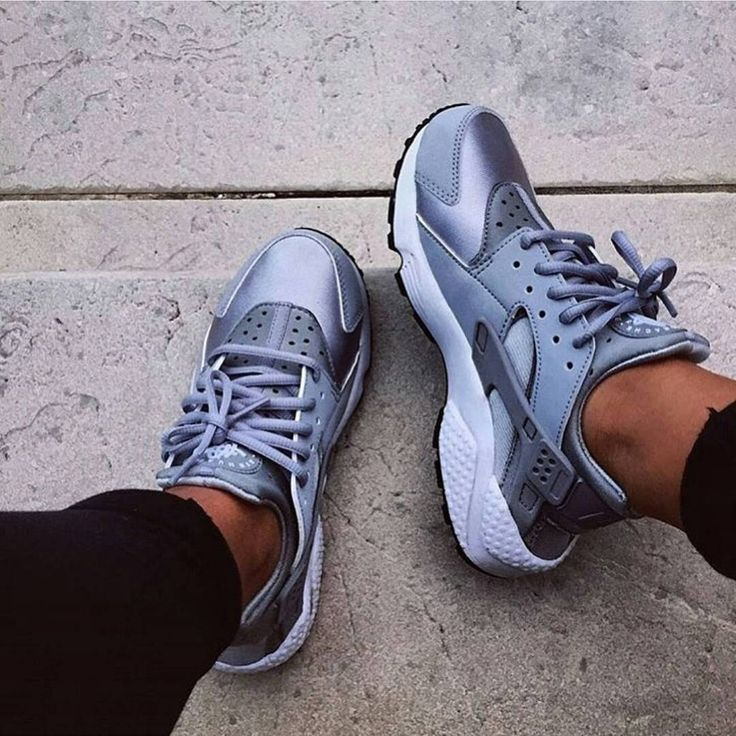 Metallic Silver Huaraches