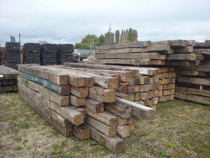 Poutre vieux bois en chêne.