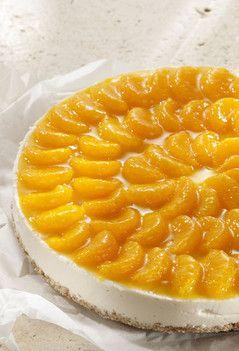 Rezept aus VEGAN FOR FIT: Joghurt-Mandarinen-Torte-amicella