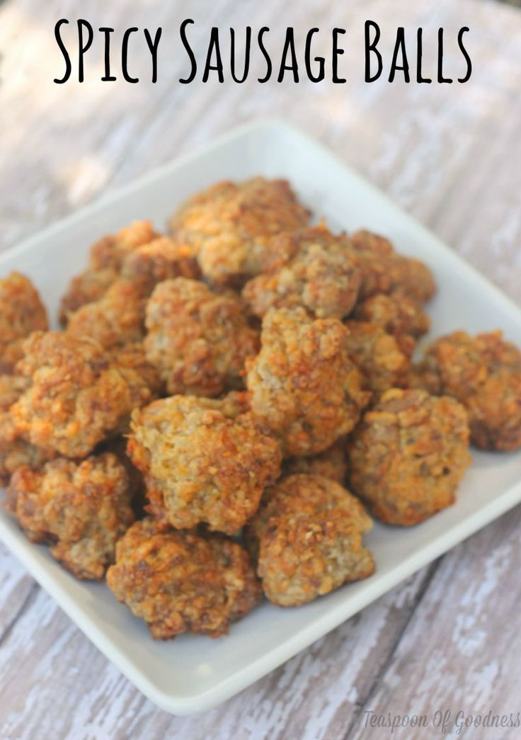 Snag this easy recipe for Spicy Cheese & Sausage Balls. Perfect for a quick morning breakfast, road trip snack or school lunch ideas. So easy they practically make themselves!