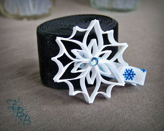 Hey, I found this really awesome Etsy listing at https://www.etsy.com/listing/187239651/snowflake-ribbon-sculpture-hair-clip-icy