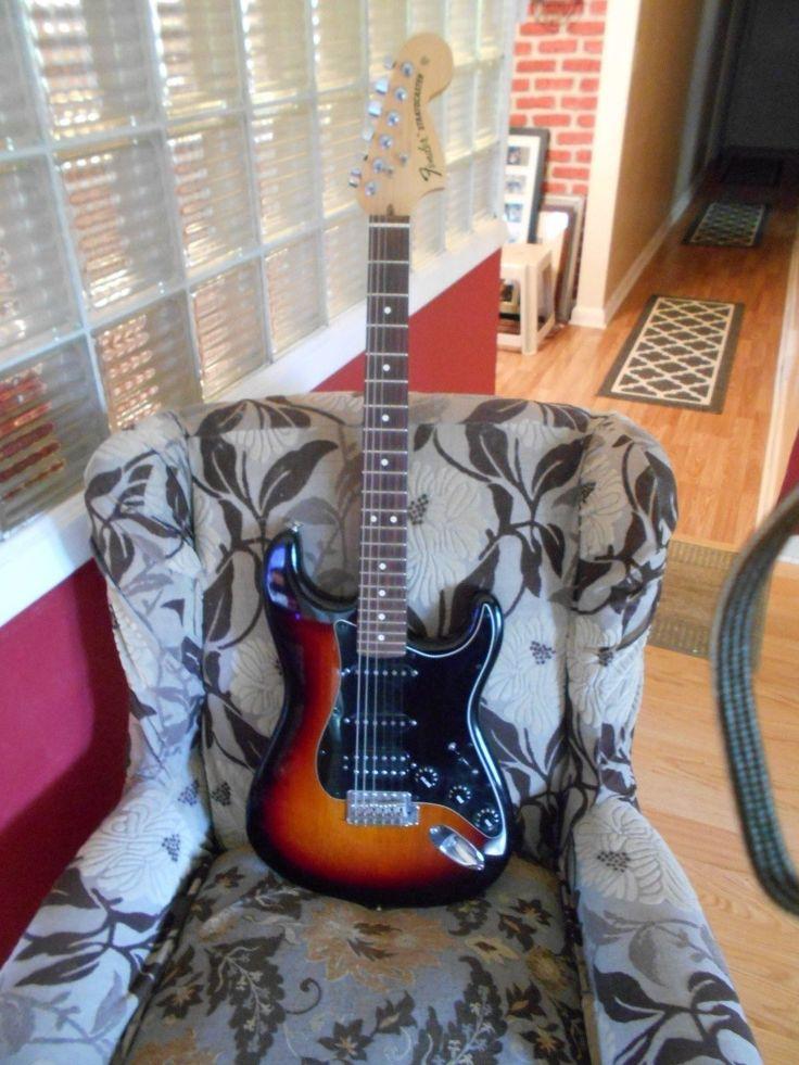 Fender American Special Stratocaster HSS 3-Color SunburstFender Gigbag