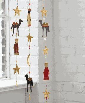 Three Kings Day / Dia de los Reyes -- Hanging Garland
