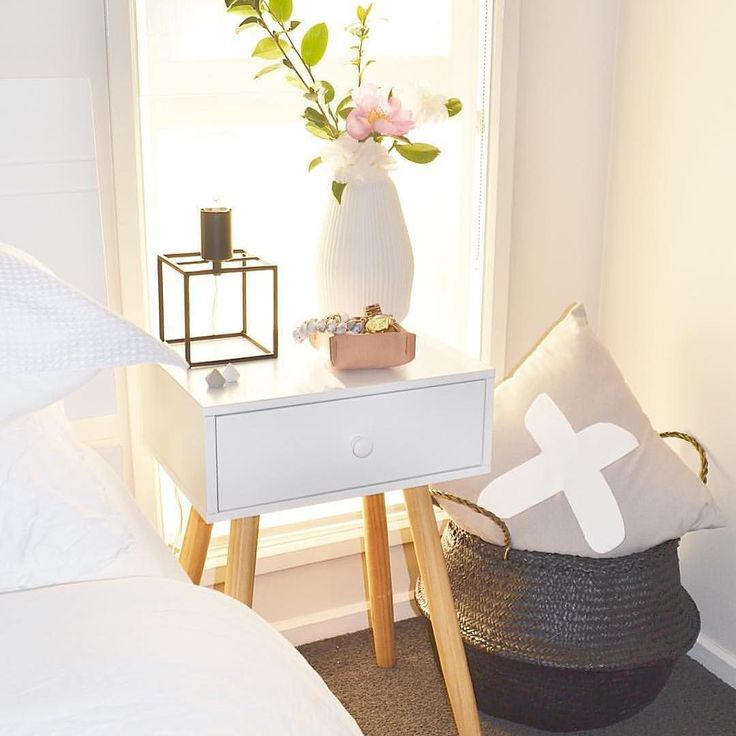 We are loving how versatile you find our bundles. Here's @elles_tales_  changing up her Bedside Table Bundle  by style_bundle