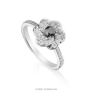Inel cu diamant negru si diamante - C630 - disponibil pe magazinul online de bijuterii de la Coriolan.
