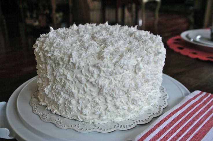 This is with the ole fashion coconut or fresh grated coconut…giving the cake a totally different look. Description from angiessouthernkitchen.com. I searched for this on bing.com/images