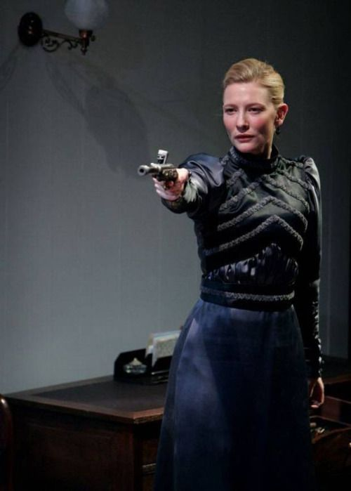 Cate Blanchett in Hedda Gabler 2004