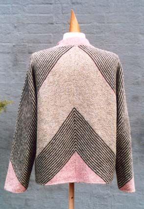 Knit. Is this Skyline by Hanne Falkenberg?