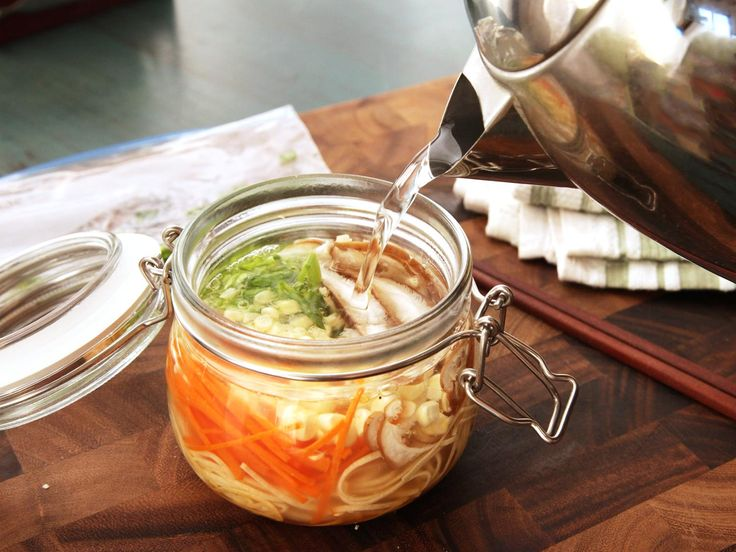 // Make Your Own Just-Add-Hot-Water Instant Noodles (and Make Your Coworkers Jealous)