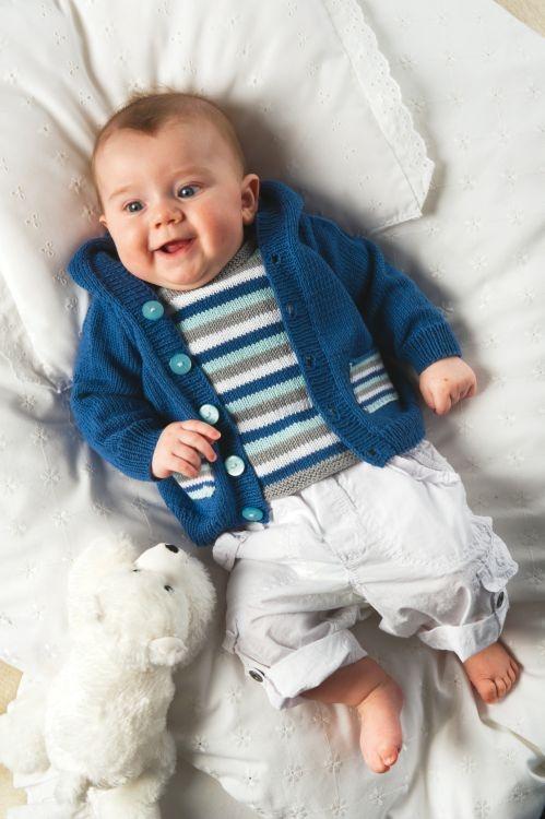 Jacka och T-shirt #knittingroom #stickat #garn #barn
