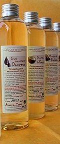 Recette de base lavante facile : 125g d'eau minérale - 80g de Base moussante Douceur - 10g de Douceur de Coco - 5g de Mousse de Babassu - 10g d'une HV au choix  Carnets de Tinùviel