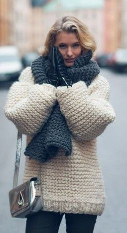 ♥ Giant Sweater and scarf