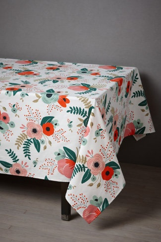 Rifle has made a tablecloth.  How cute would this be for a little girl's birthday party.